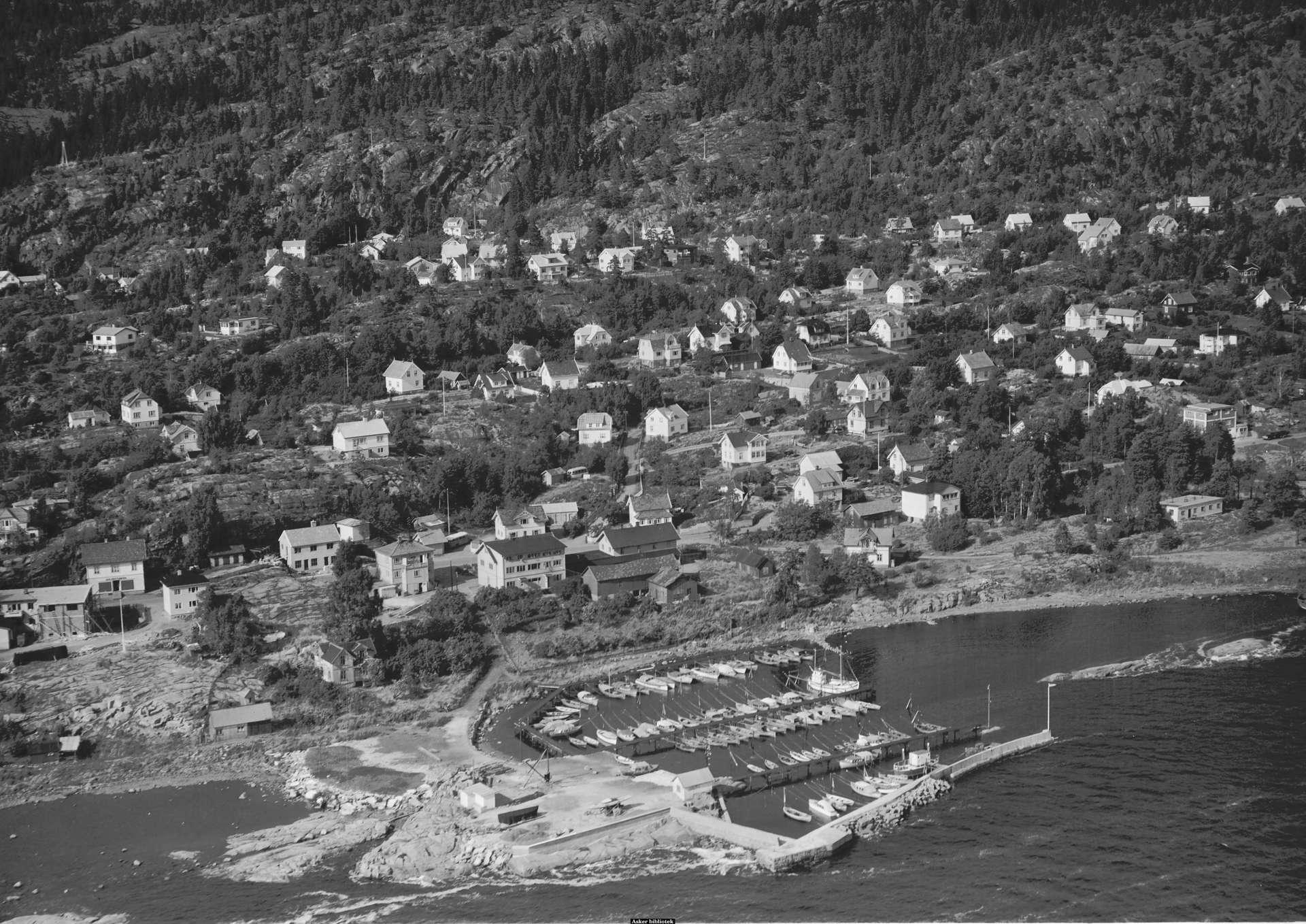 Tofte båthavn 1954A.jpg