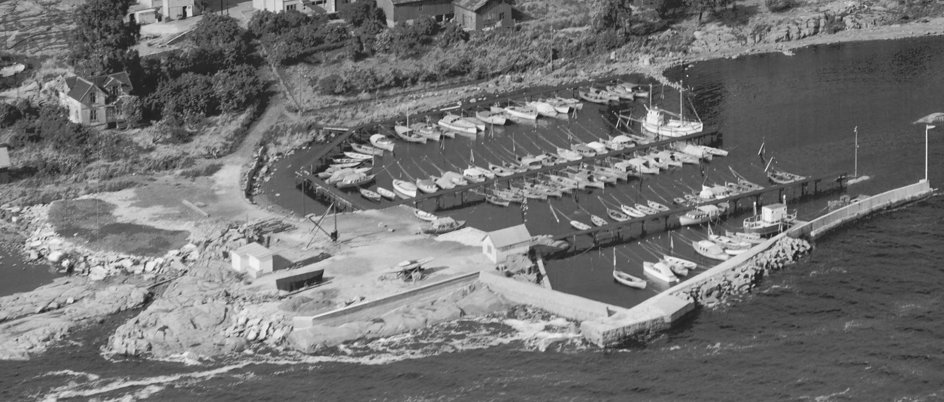 Tofte båthavn 1954B.jpg