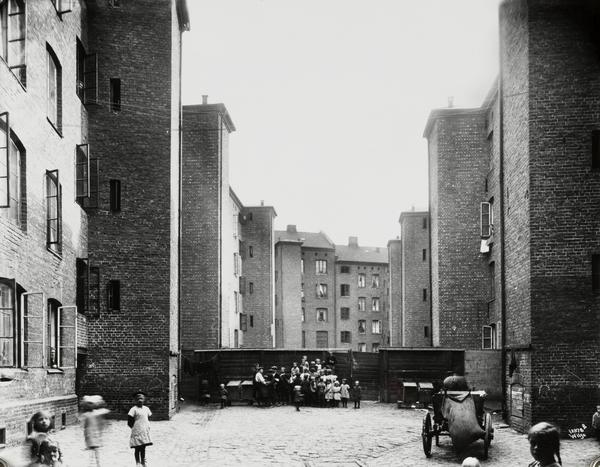 Gråbeingård på Tøyen. Arnders Beer Wilse 1920. Arb