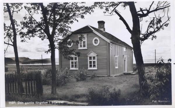 stjoerdal-den-gamle-tingstue.jpg