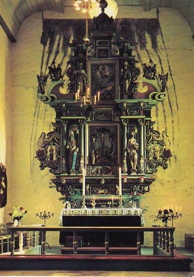 Stjørdal, Værnes kirke altertavlen.jpg