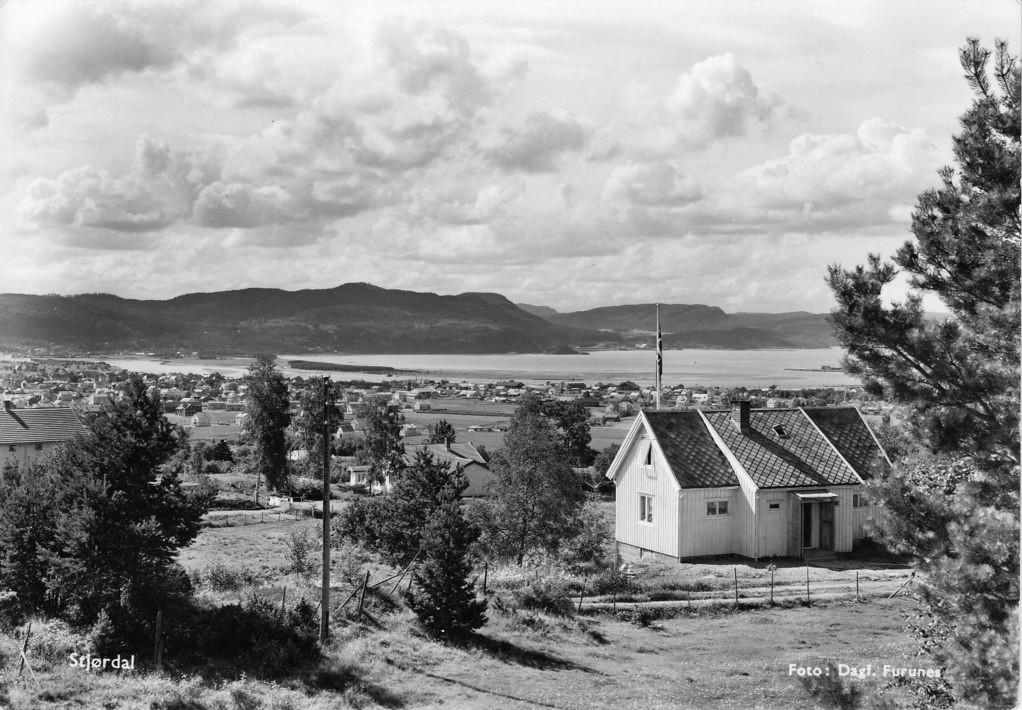 Stjørdalshalsen fra Stokkberga.jpg