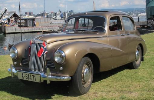 Sunbeam er den mer sporty modellen til Rootes. Sunbeam har vunnet en rekke rallies. De mest kjente modellene av Sunbeam er Talbot 90, Rapier, Alpine, og Stiletto. Det ble solgt 170 Sunbeam i perioden 1951 – 1969 i Norge. Mange Alpine er bruktimportert til Norge på trettiårs regelen.