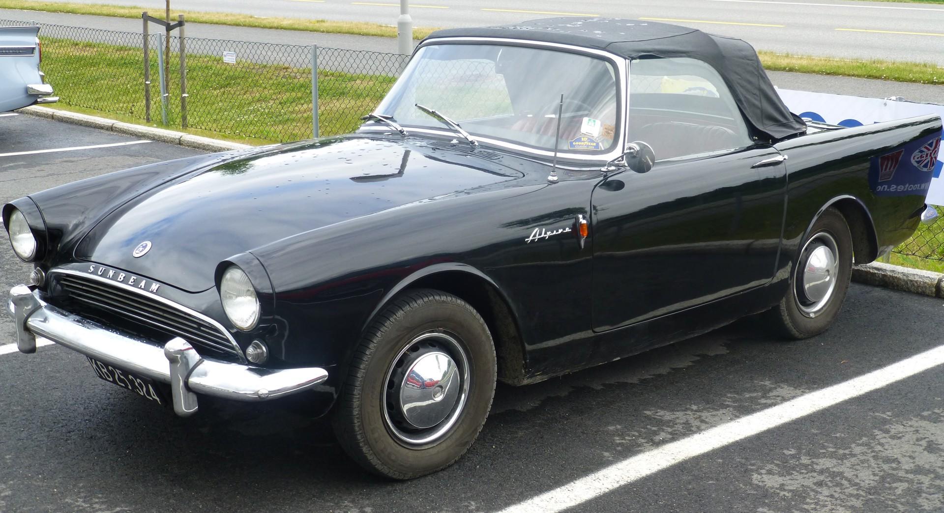 1959 Sunbeam Alpine I.JPG