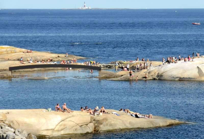 Badeplass på Verdens Ende og Ferder Fyr.jpg