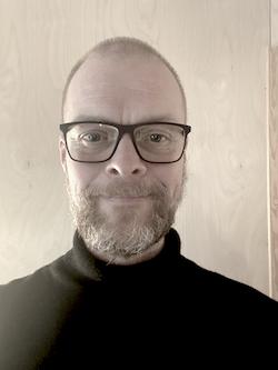 Henning Karlsen style=