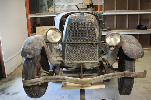 Her kan du følge fremdriften på restaureringen av klubbens Fiat 501.