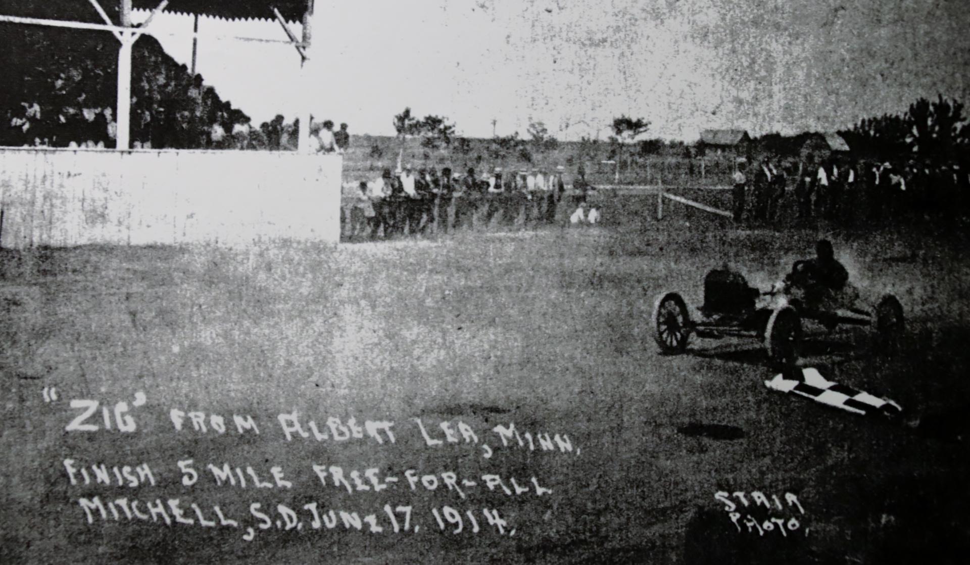 1914 (2).JPG