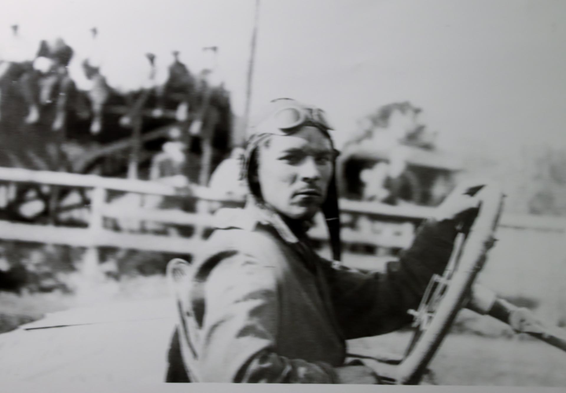 1917 Sig fikk Maxwell fra Eddie Rickenbacker.JPG