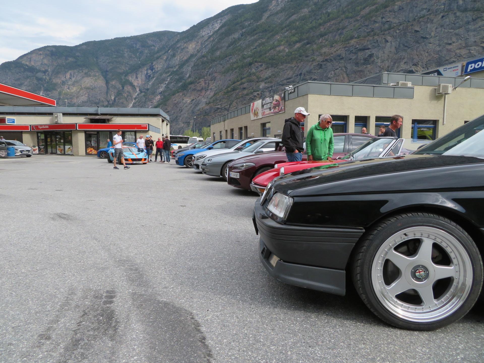 Drivstoff og samling før kjøretur (8).JPG