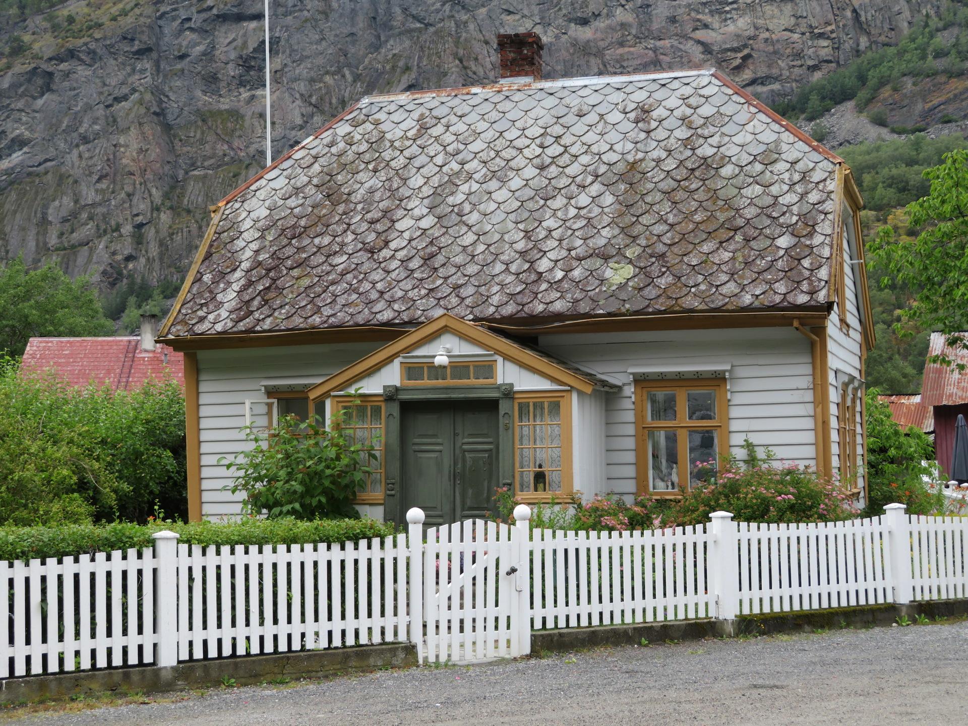 Øyragata i gamle Lærdal (10).JPG