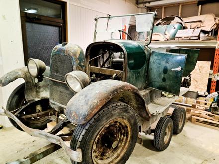 Her legg vi bilder av klubbens kjøretøy
