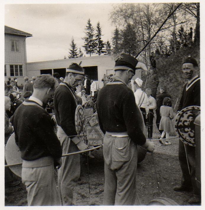 1954-5.jpg