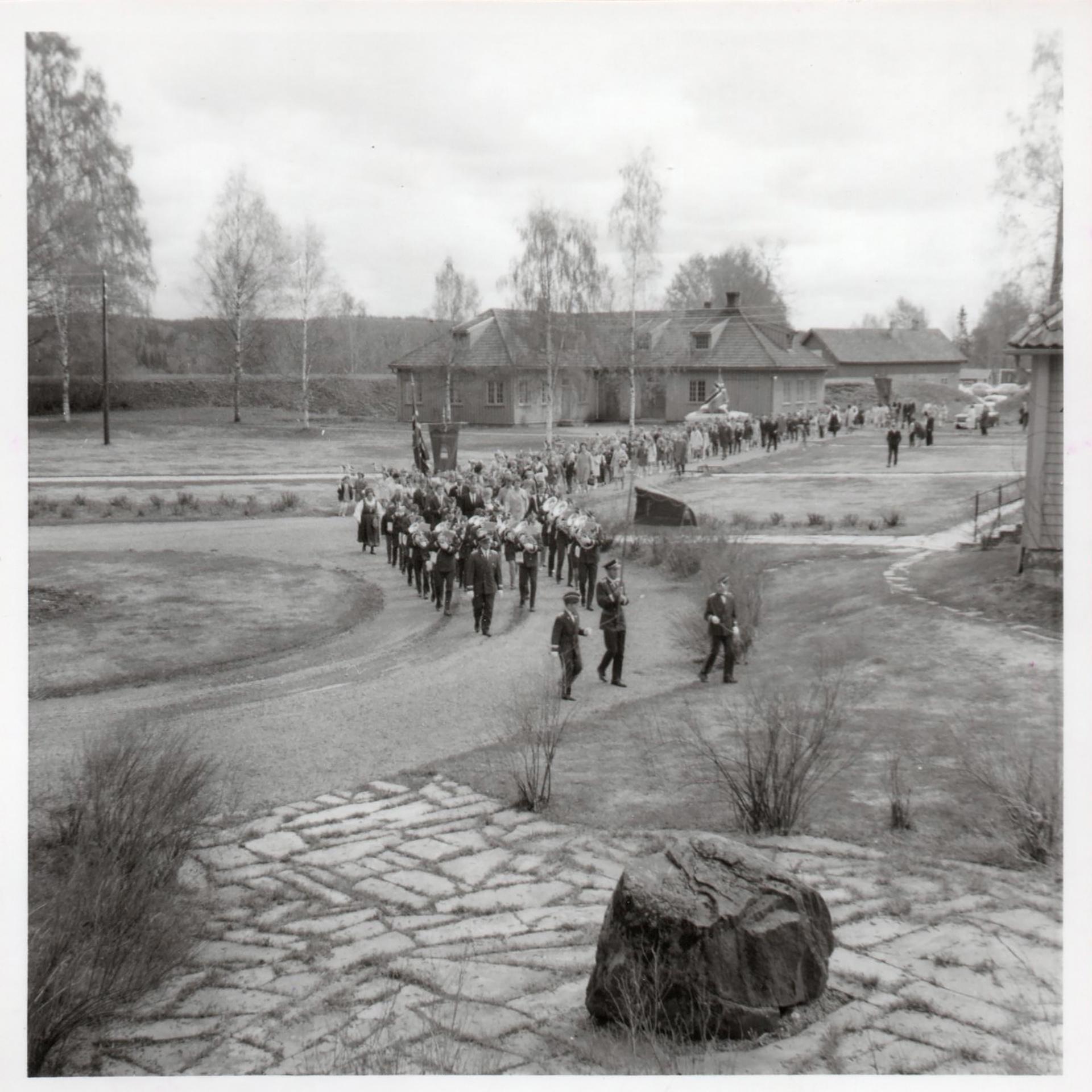 1969-Innmarsj-på-Skansen.jpg