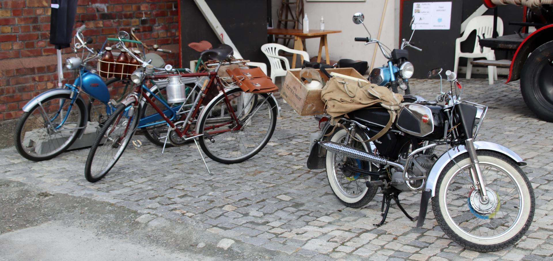 02 mopeder.JPG