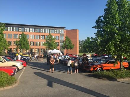 Cruise Night i Lillestrøm, 1. juni 2016. Ca. 100 biler møtte opp på denne strålende sommerkvelden. Kveldens Cruiser ble Espen Lindbo med sin Oldsmobile.  Foto: Geir Monge