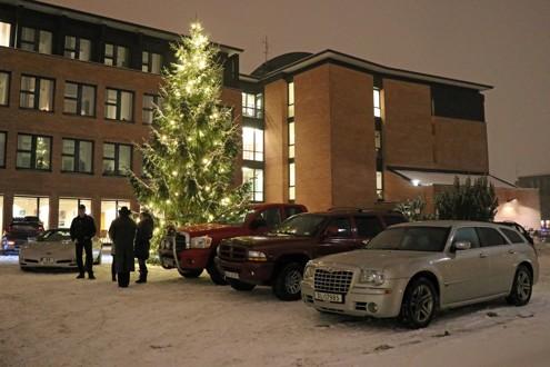 Mer enn 20 biler møtte opp til årets siste arrangement. Christmas Cruiser of the Year ble Lars Thorvaldsen med sin 1979 Pontiac LeMans Station Wagon. Gratulerer! Foto: Kjetil E. Nygaard