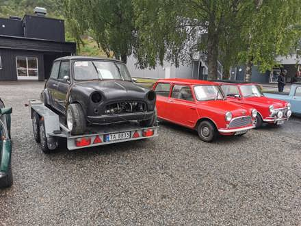 Bergen Mini Club Vestlandstreff 2021, ble arrangert i hlegen 11.-13.juni 2021. Stedet var Kinsarvik i Hardanger, Det ble rekord oppmøte på Vestlandstreffet, med hele 35 minier.