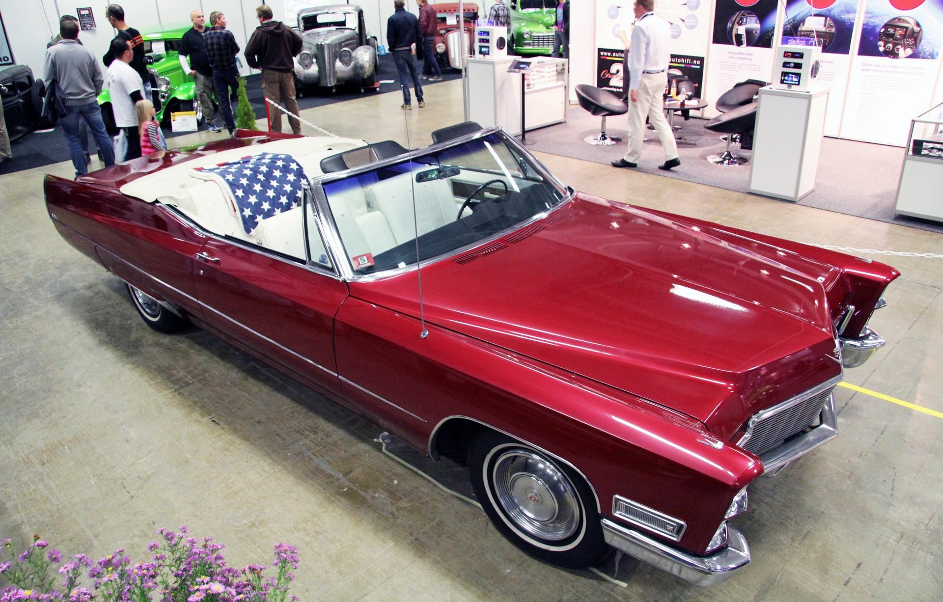 075-1968 Cadillac DeVille convertible 01. Eier- me