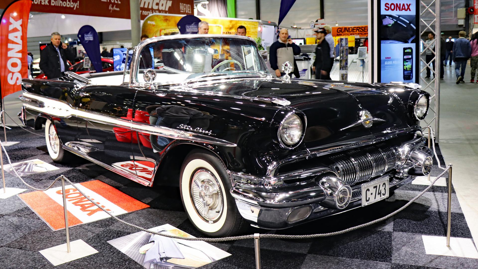 001-1957 Pontiac Star Chief convertible 03, Eier-m