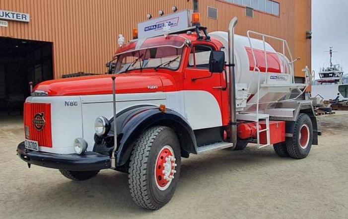 Volvo N86 betongbil.jpg