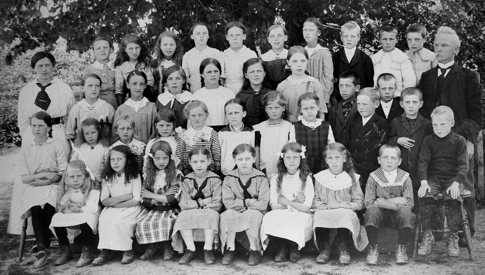 2021-09_Svarstad-skole-1916.jpg