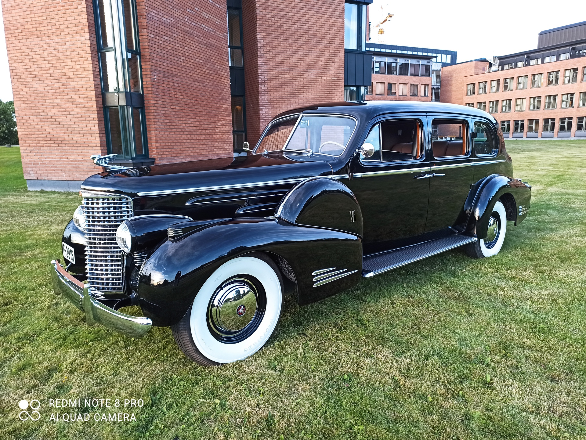 235-1939 Cadillac Fleetwood V16 Imperial Touring S