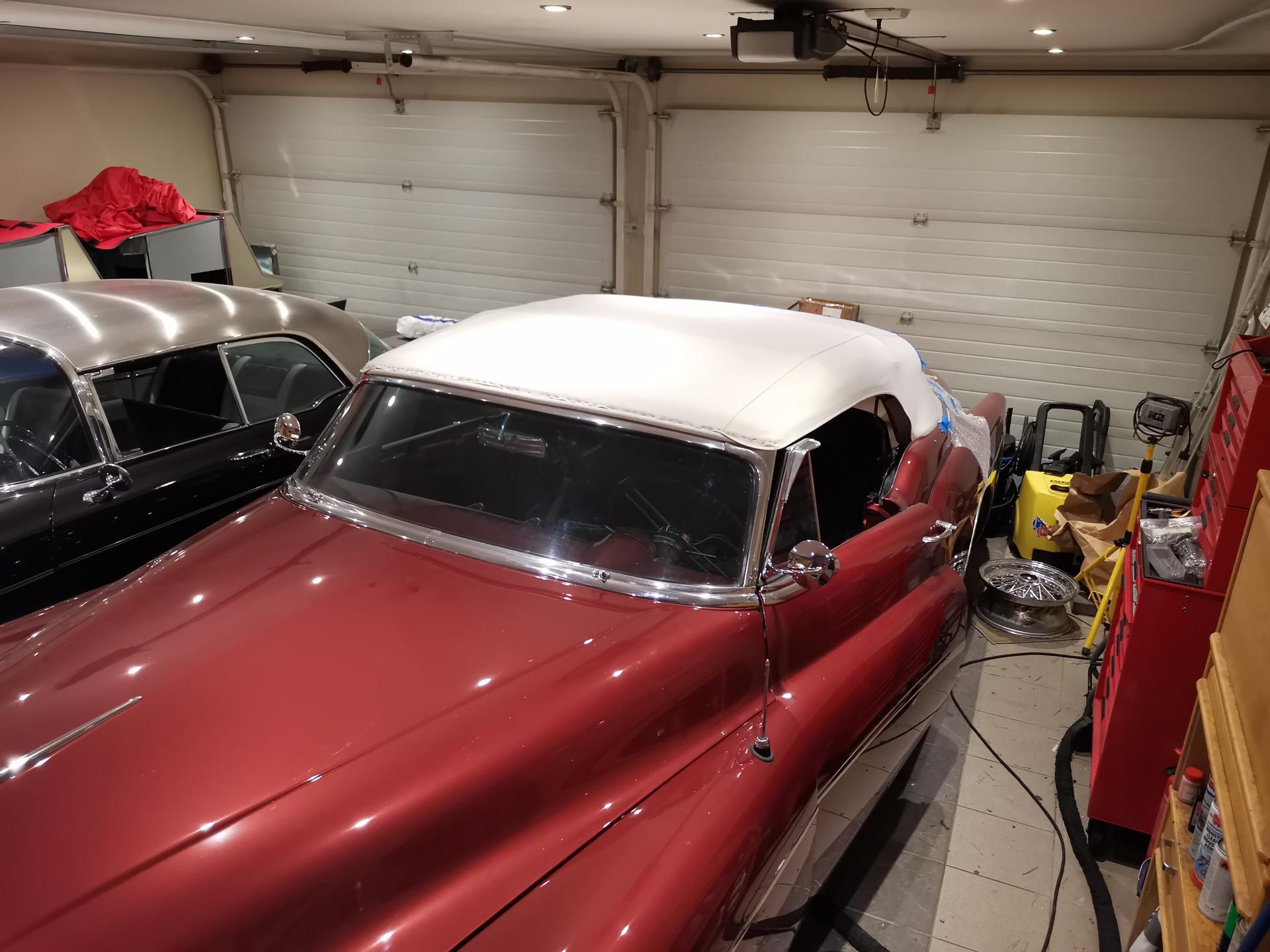 235-1953 Buick Skylark (under restaurering). Eiere