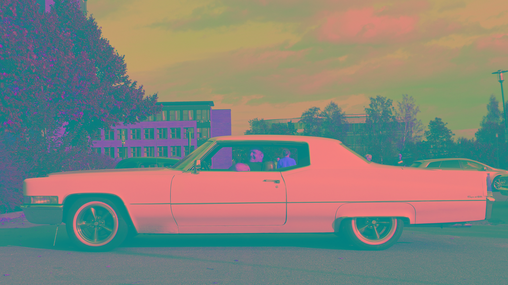 307-1969 Cadillac Coupe deVille 04. Eiere- medlem