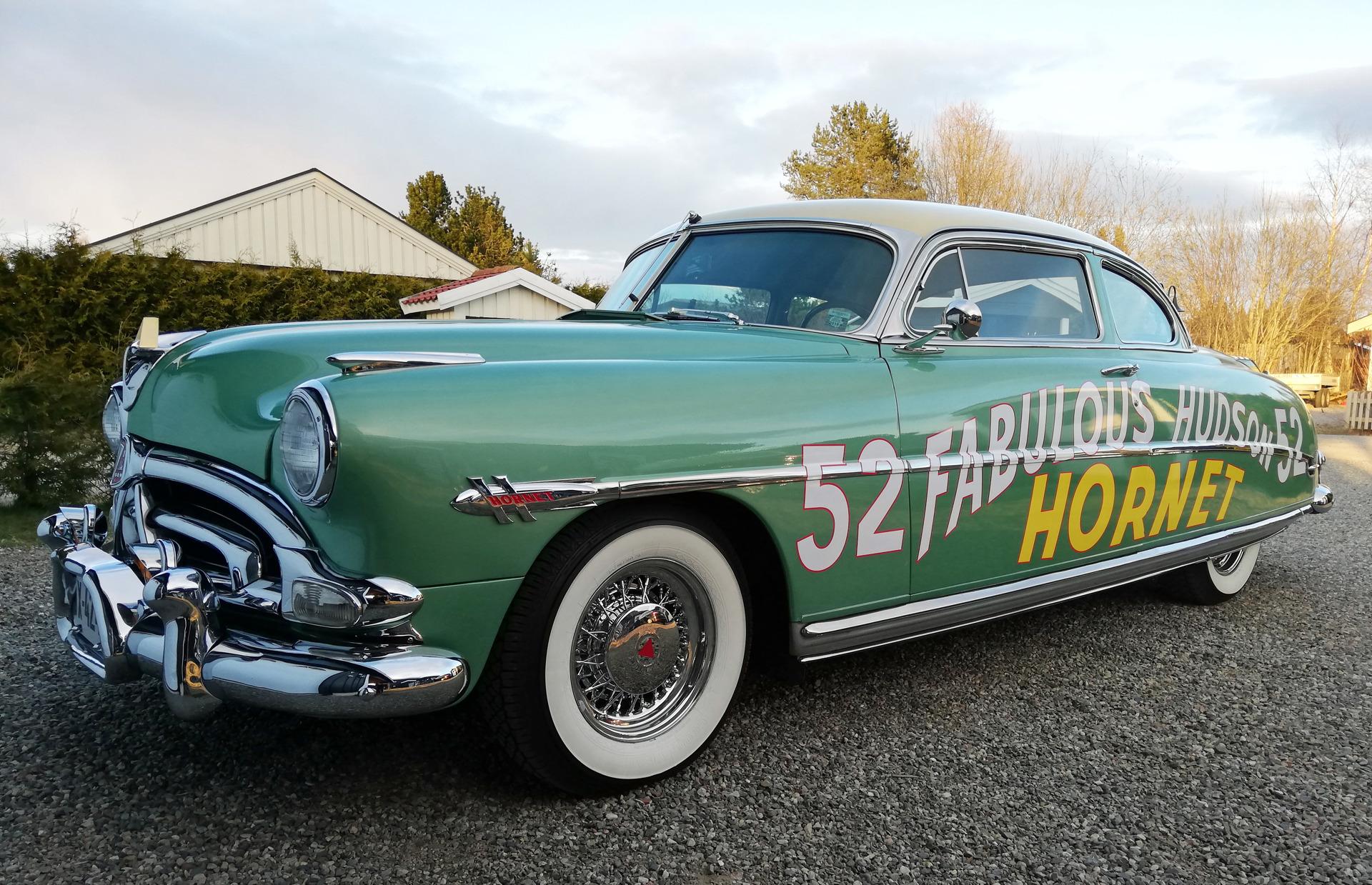 157-1952 Hudson Hornet Club Coupe 01. Eiere- medle