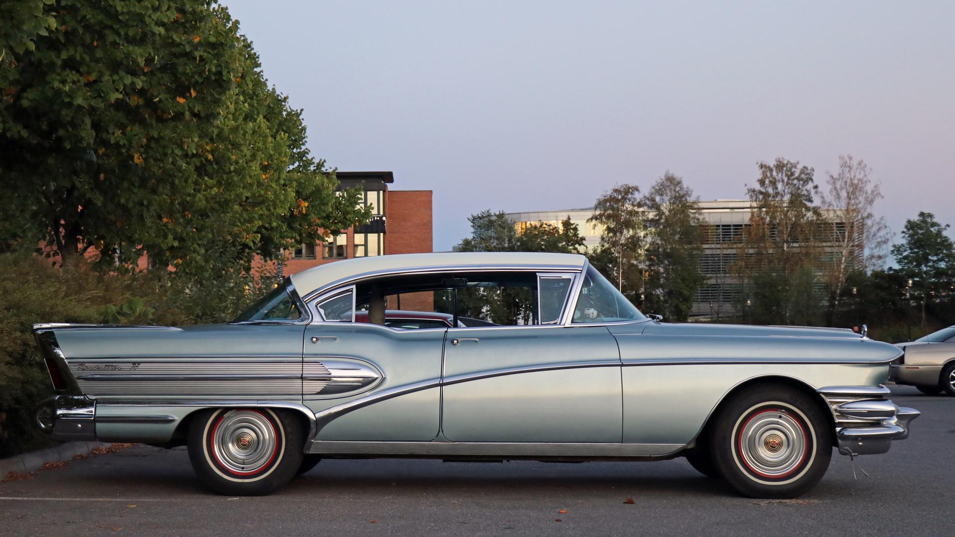 186-1958 Buick Roadmaster 75 Riviera 02. Eier- med