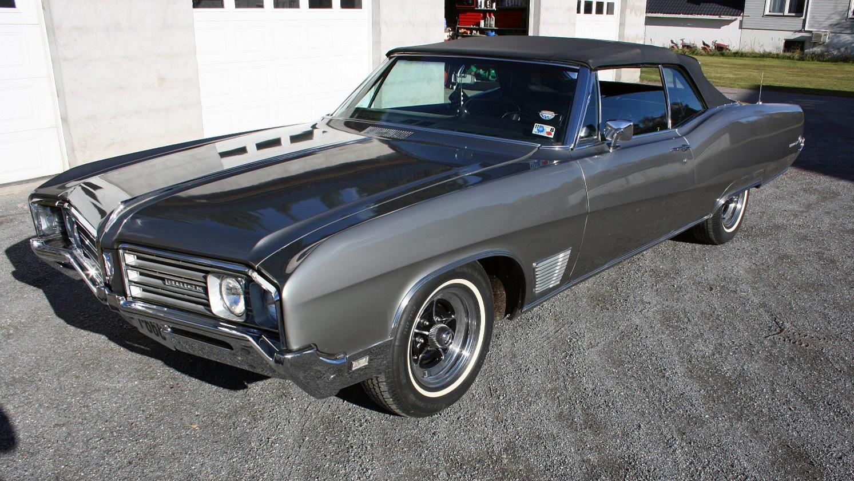 131-1968 Buick Wildcat Custom convertible 01. Eier