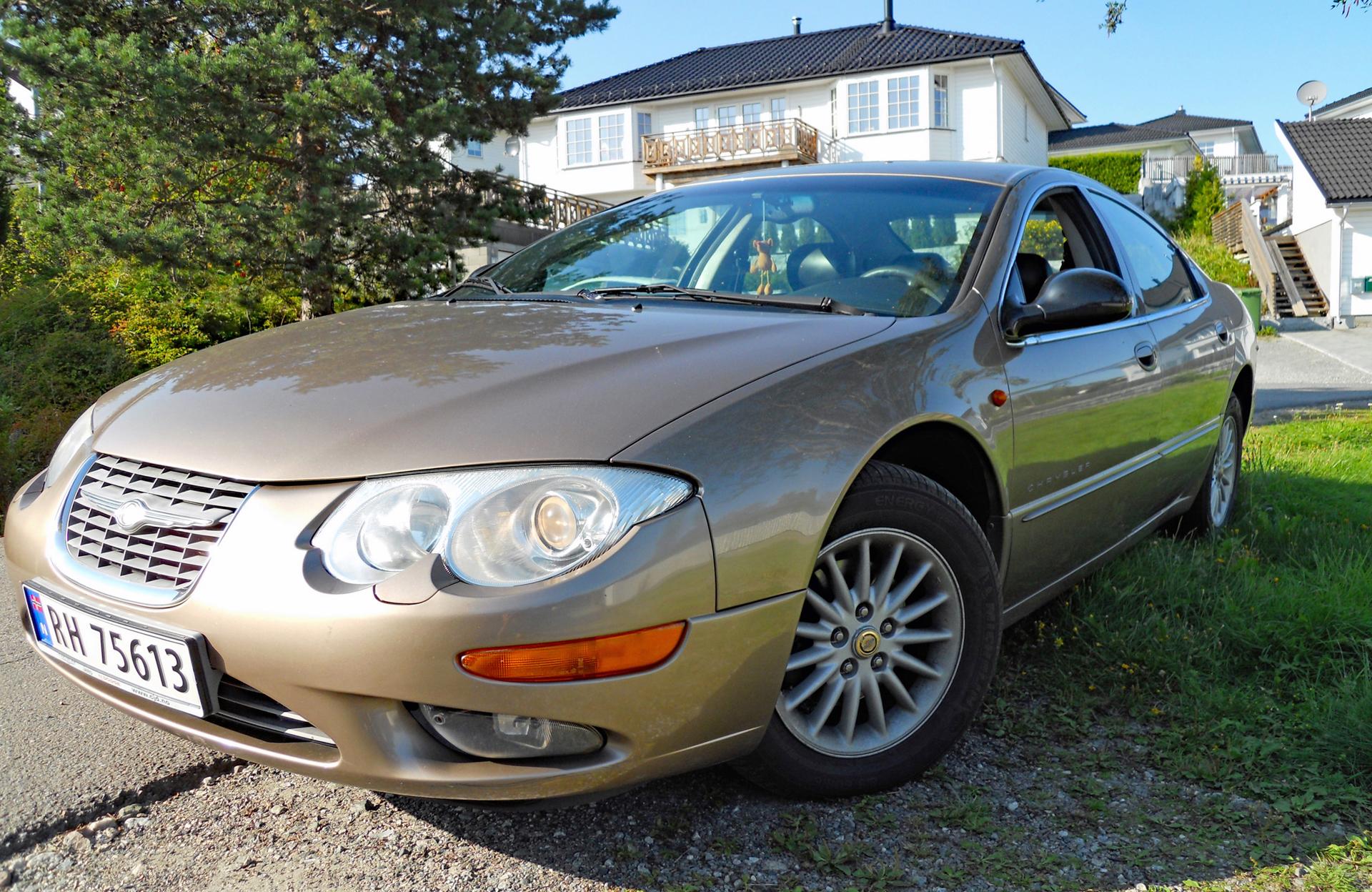 131-2000 Chrysler 300M 01. Eier- medlem 131 Famili