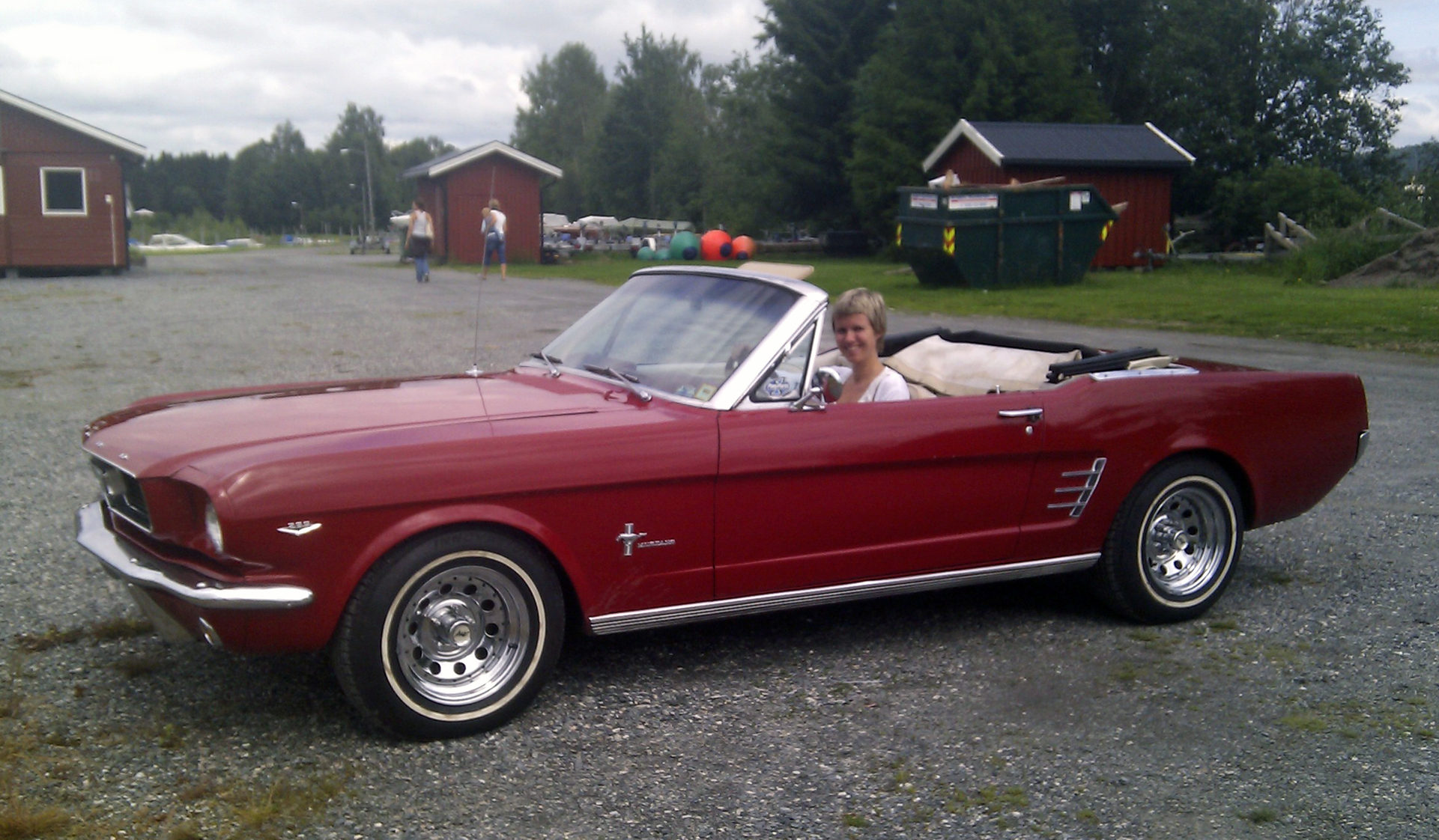 093-1966 Ford Mustang convertible 01. Eiere- Medle