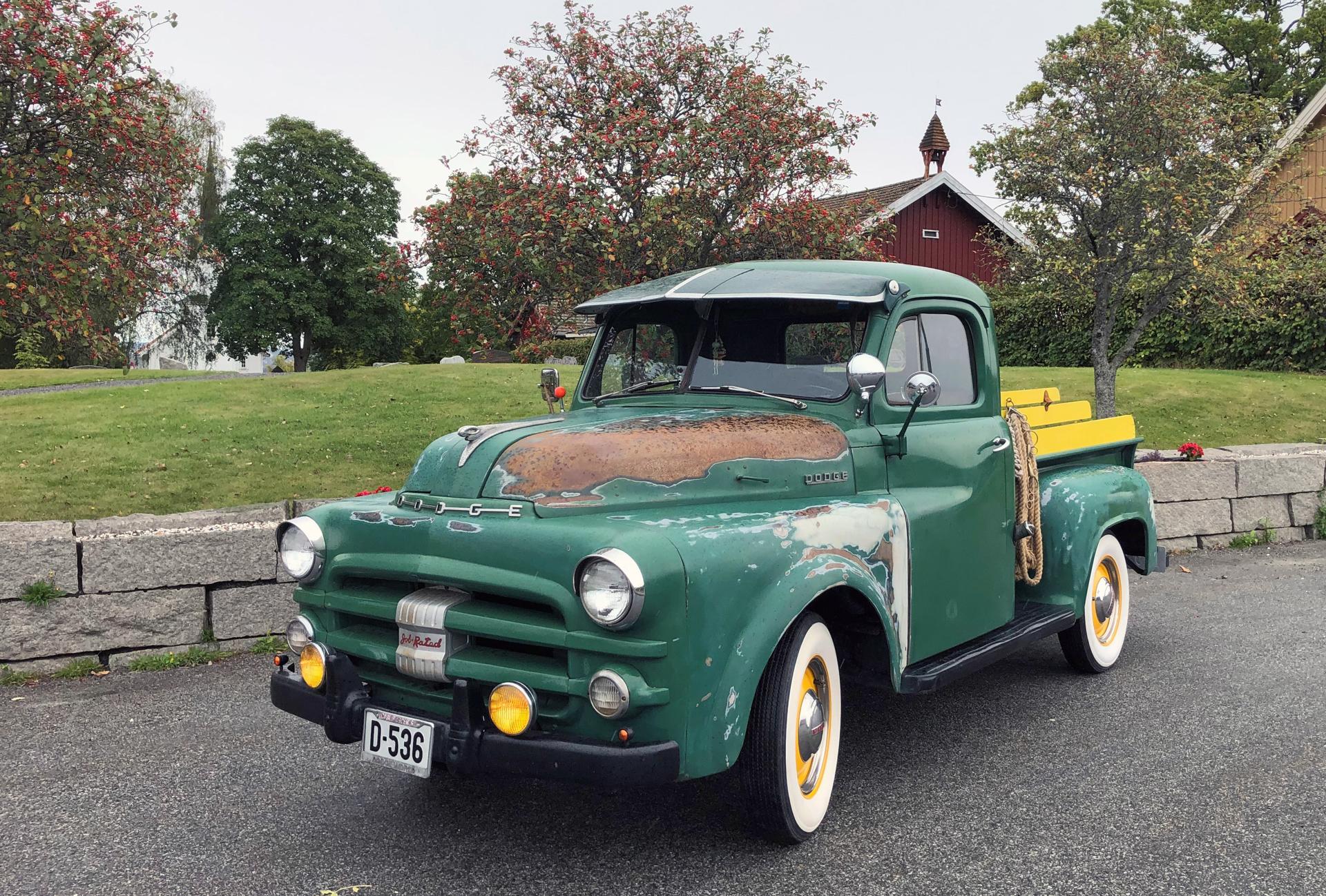 351-1953 Dodge B4B 0,5 t pickup 01. Eier- medlem 3