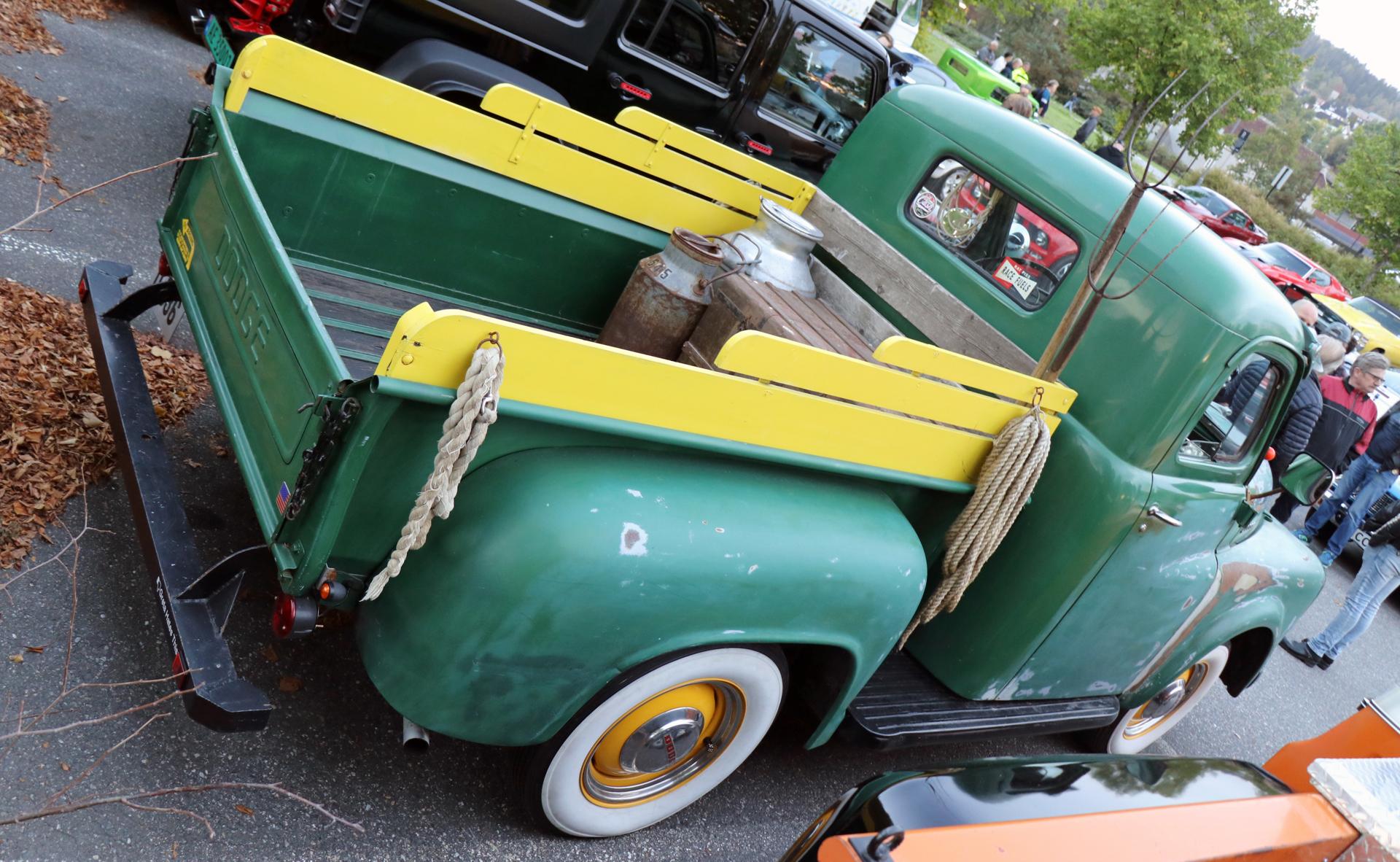 351-1953 Dodge B4B 0,5 t pickup 03. Eier- medlem 3