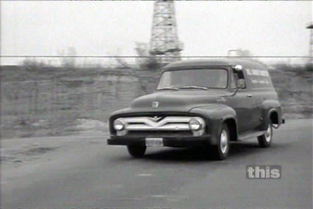 177-1953 Ford F100 Panel Truck 01. Eiere- medlem 1