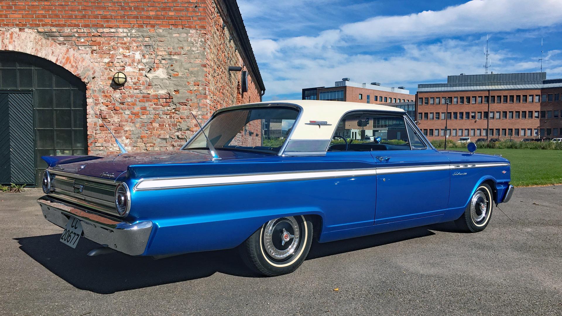184-1963 Ford Fairlane 500 Sports Coupe 02. Eier-