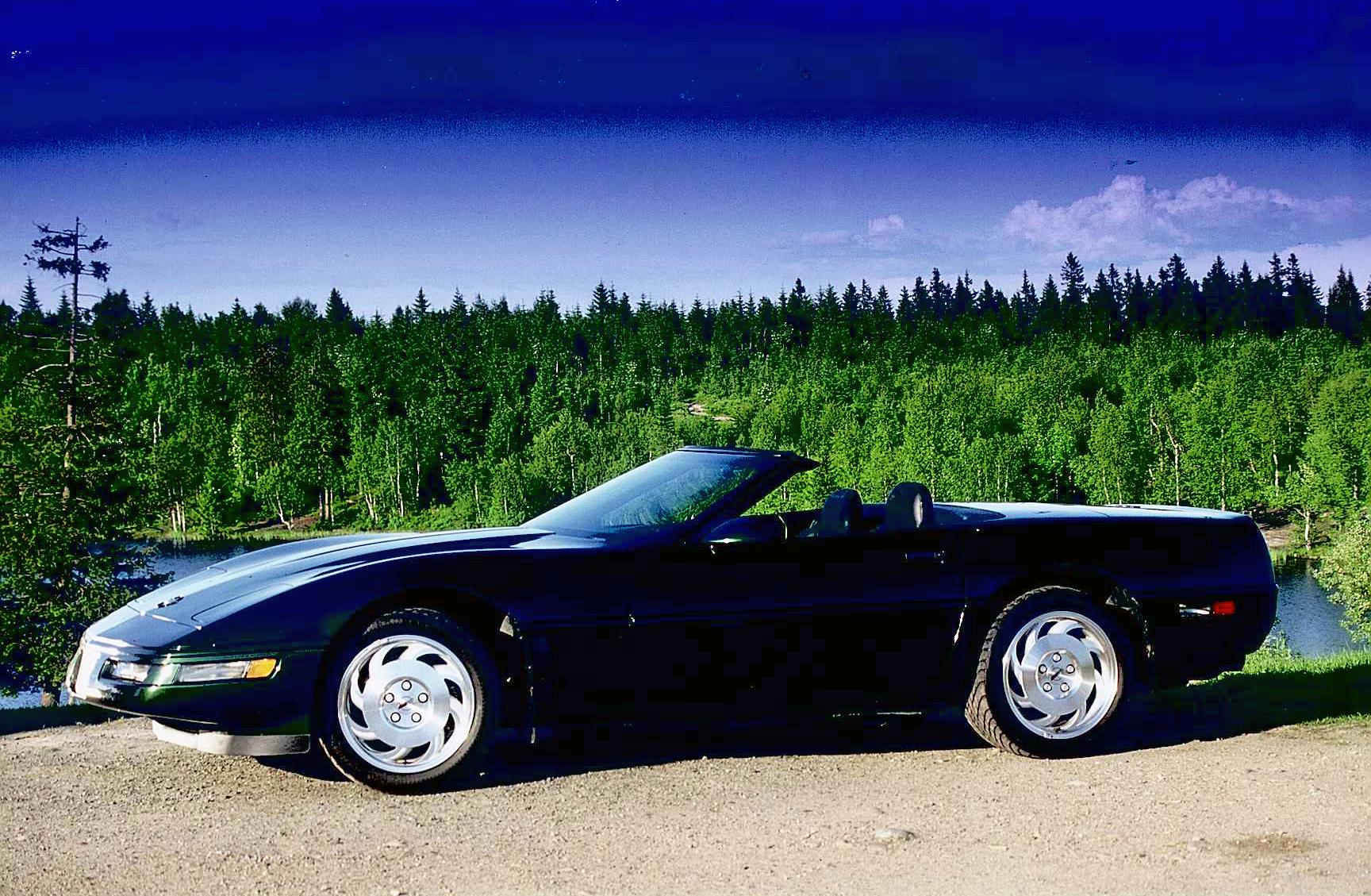 207-1996 Chevrolet Corvette convertible 01. Eier-