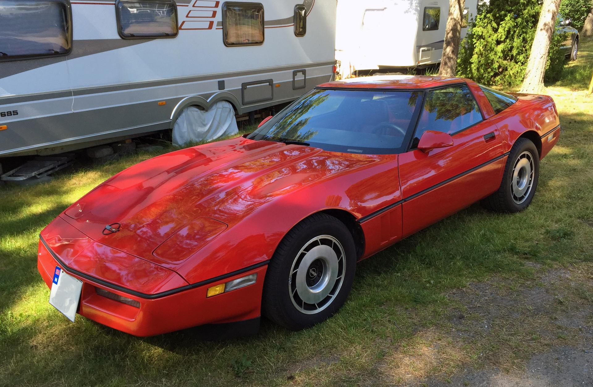 230-1985 Chevrolet Corvette C4 01. Eier- medlem 23