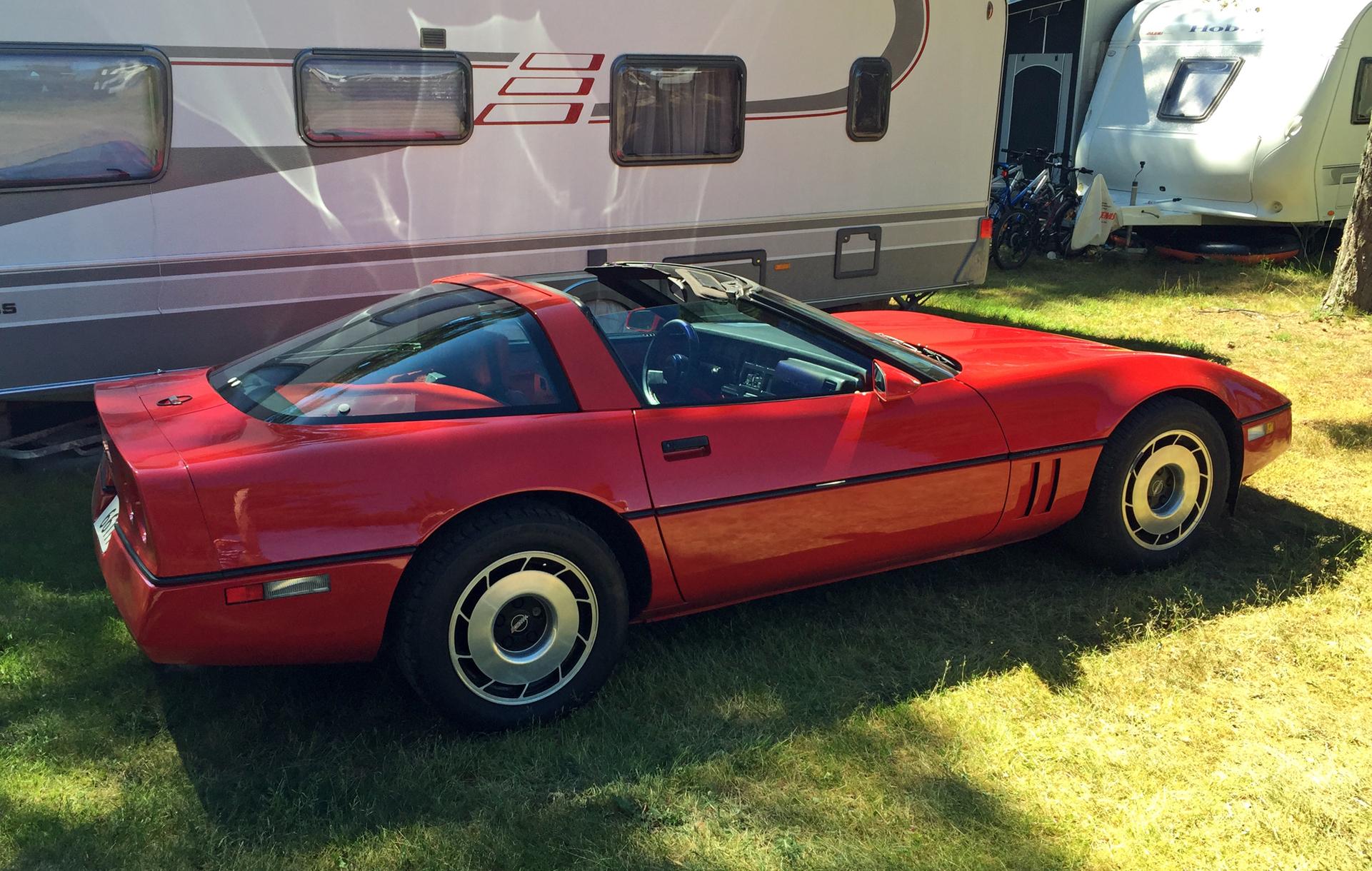 230-1985 Chevrolet Corvette C4 02. Eier- medlem 23