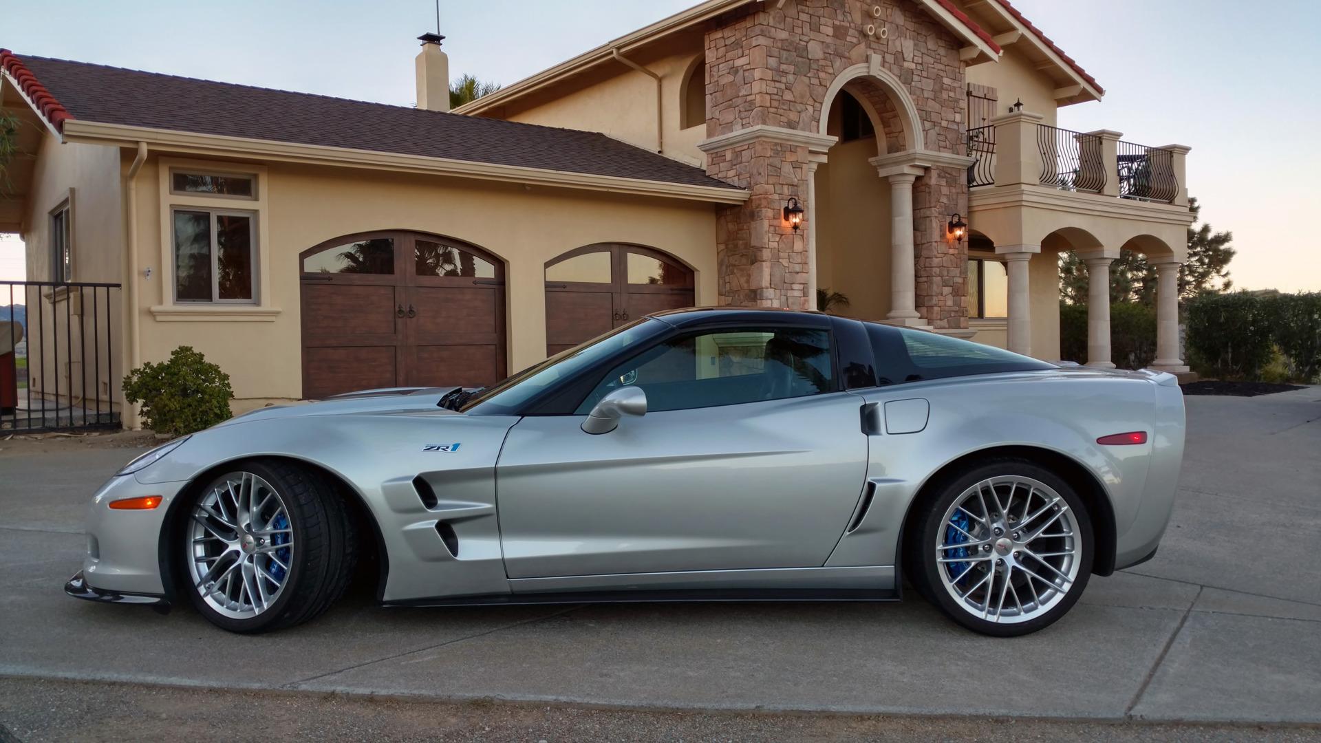 243-2010 Chevrolet Corvette ZR 01. Eier- medlem 24