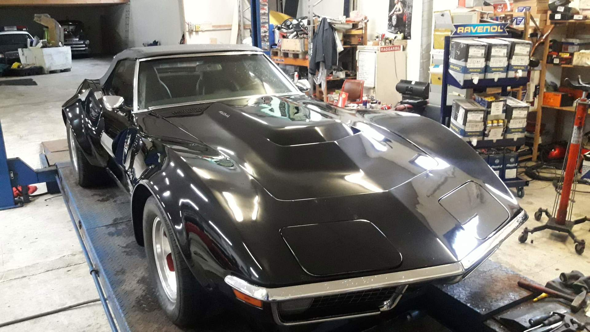 270-1971 Chevrolet Corvette Stingray convertible 0