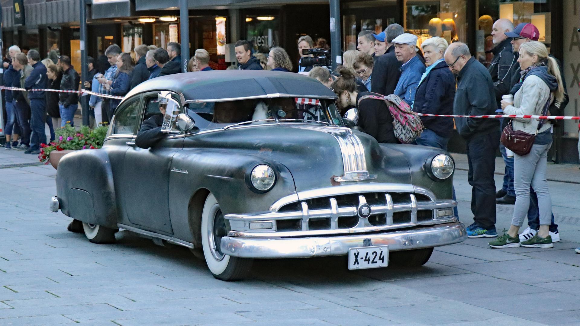 172-1950 Pontiac 02. Eier- medelem 172 Anders Skaa
