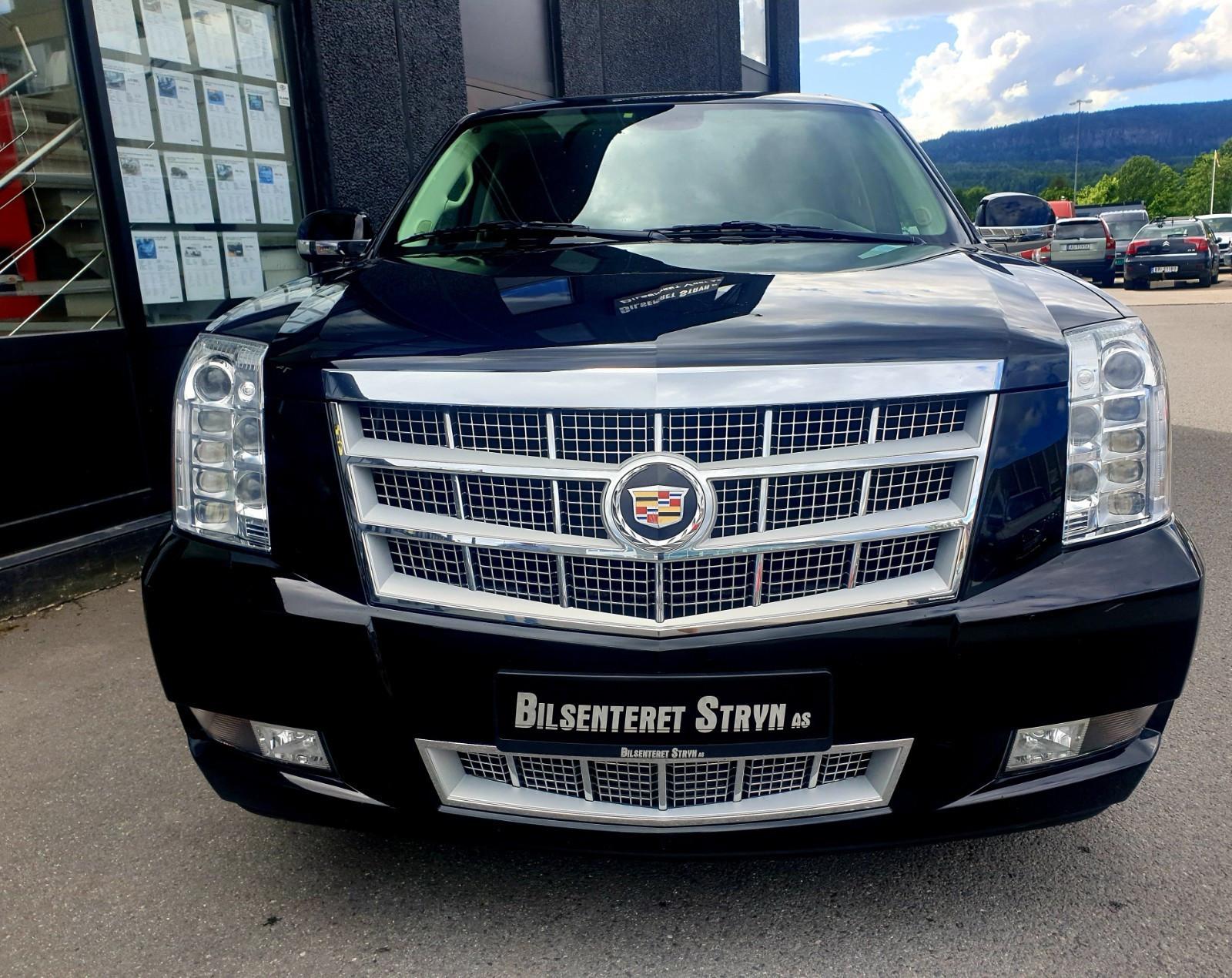 070-2012 Cadillac ESV Platinum 01, Eiere, 070 Ingr