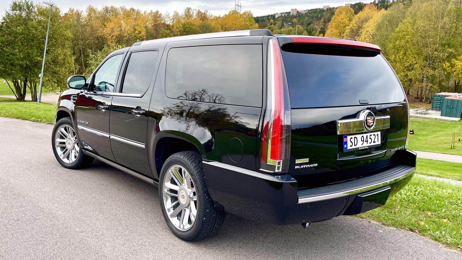 070-2012 Cadillac ESV Platinum 03, Eiere, 070 Ingr