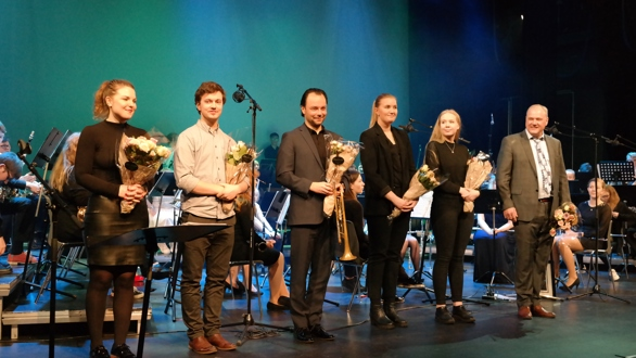 Bilder fra Skolekorpsenes festkonsert 11.2.2018 i Ullensaker kulturhus.  Avskjedskonsert til Trond Lunde. Dirigent i Kløfta skolekorps fra 1989-1996 deretter fra 2002-2018