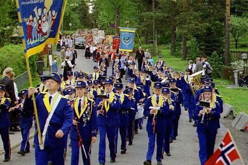 17. mai på Høybråten 1999