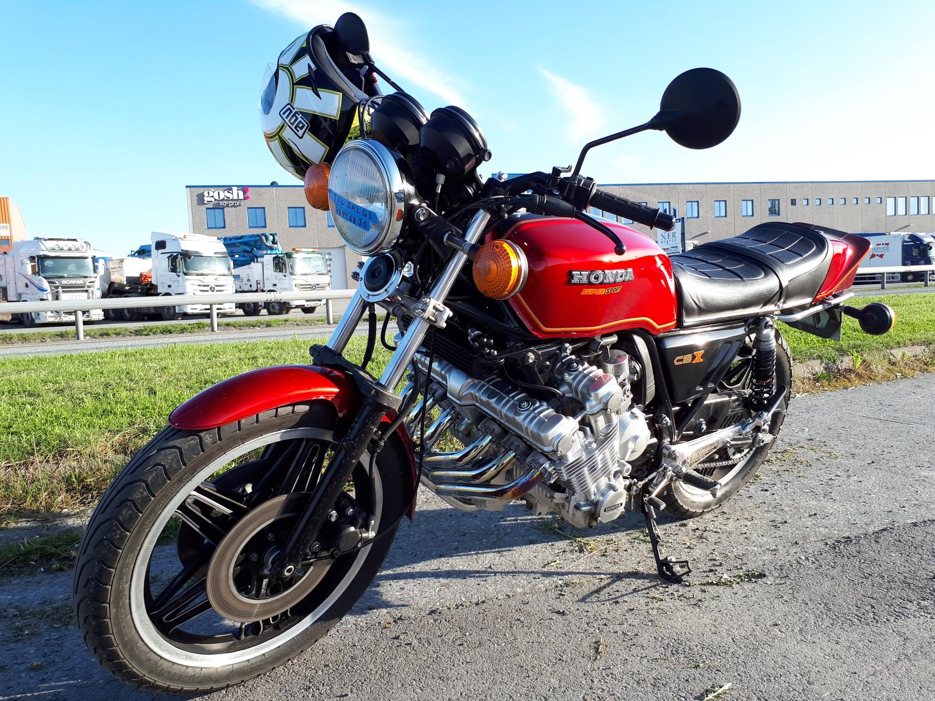Honda CBX.jpg