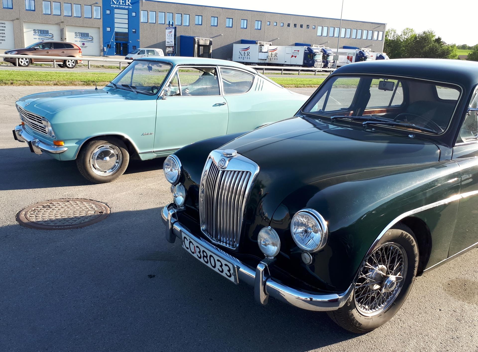 Opel og MG.jpg